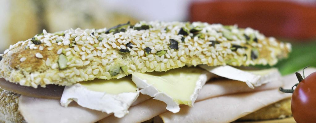 Ketogene Baguettes Fantastico mit Körndlkruste Bumblebee Rezept